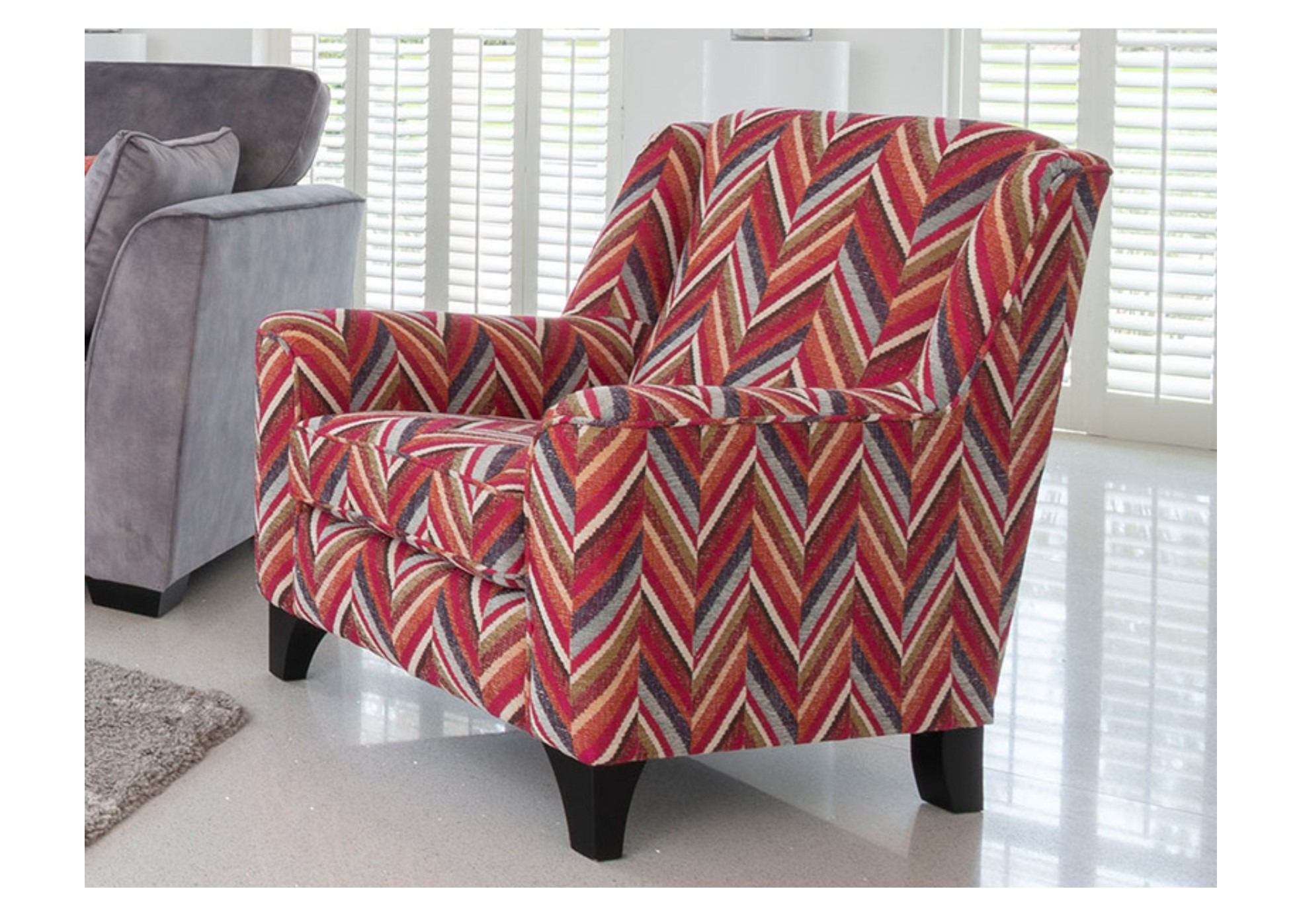 CHICAGO ACCENT CHAIR