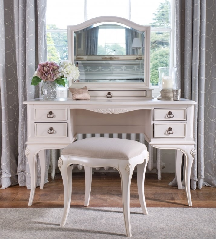 CLAREMONT DRESSING TABLE