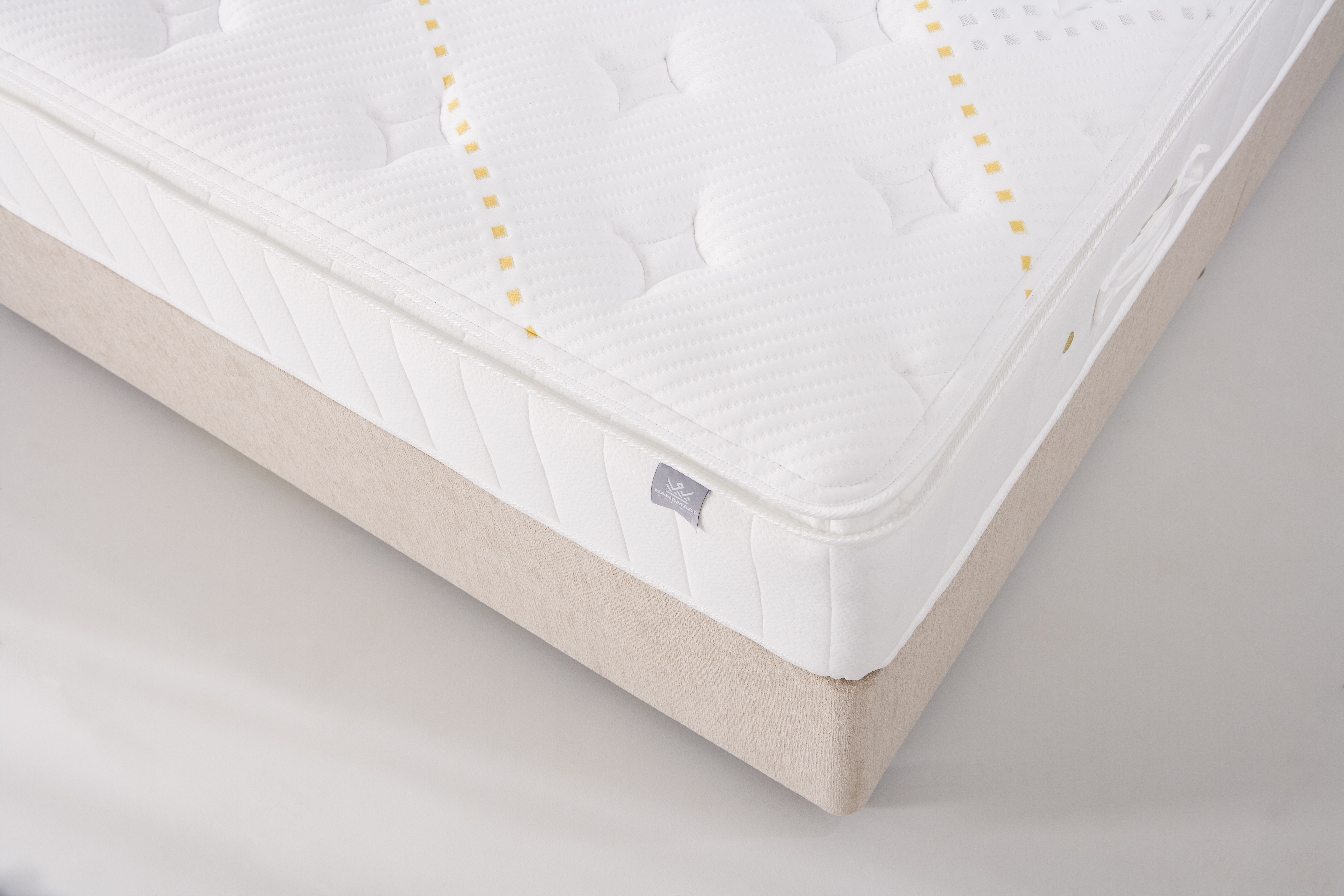 KING KOIL SPINAL POCKET PILLOW TOP - CORNER