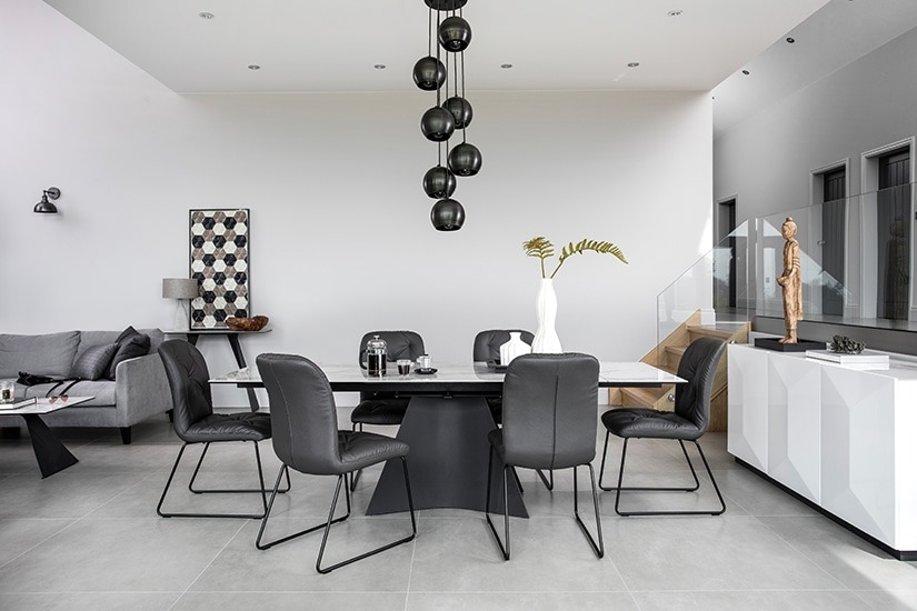 HAMMERSMITH DINING SET WITH COREY CHAIR