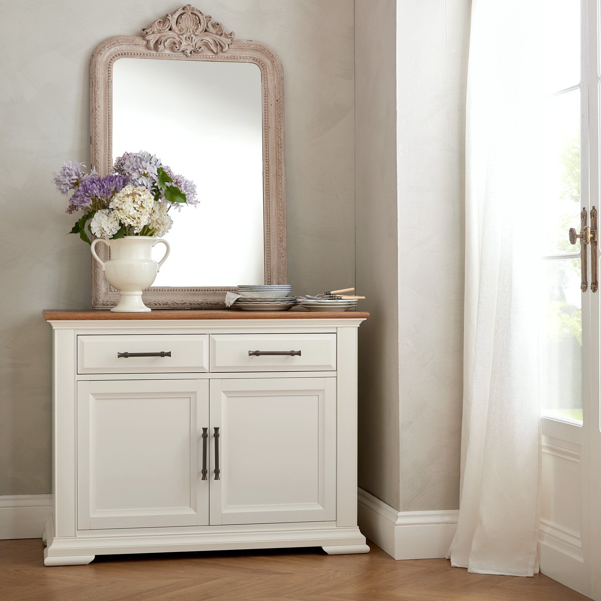 HIGHLAND 2DOOR SIDEBOARD