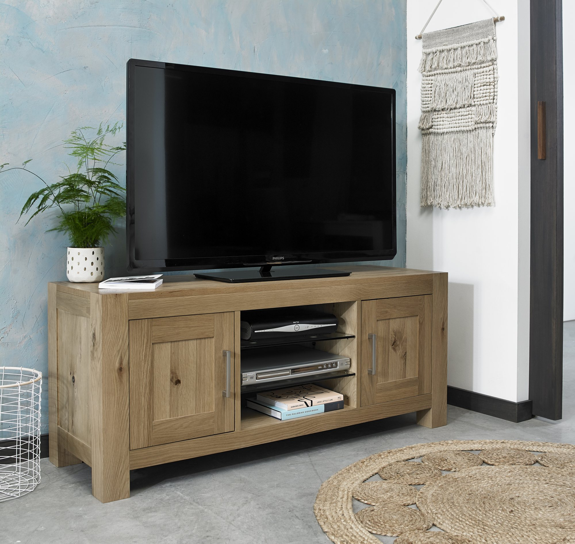 LILLE OAK TV UNIT - L135cm x D44cm x H57cm