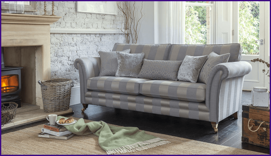 LOWRY STANDARD BACK 4 SEATER