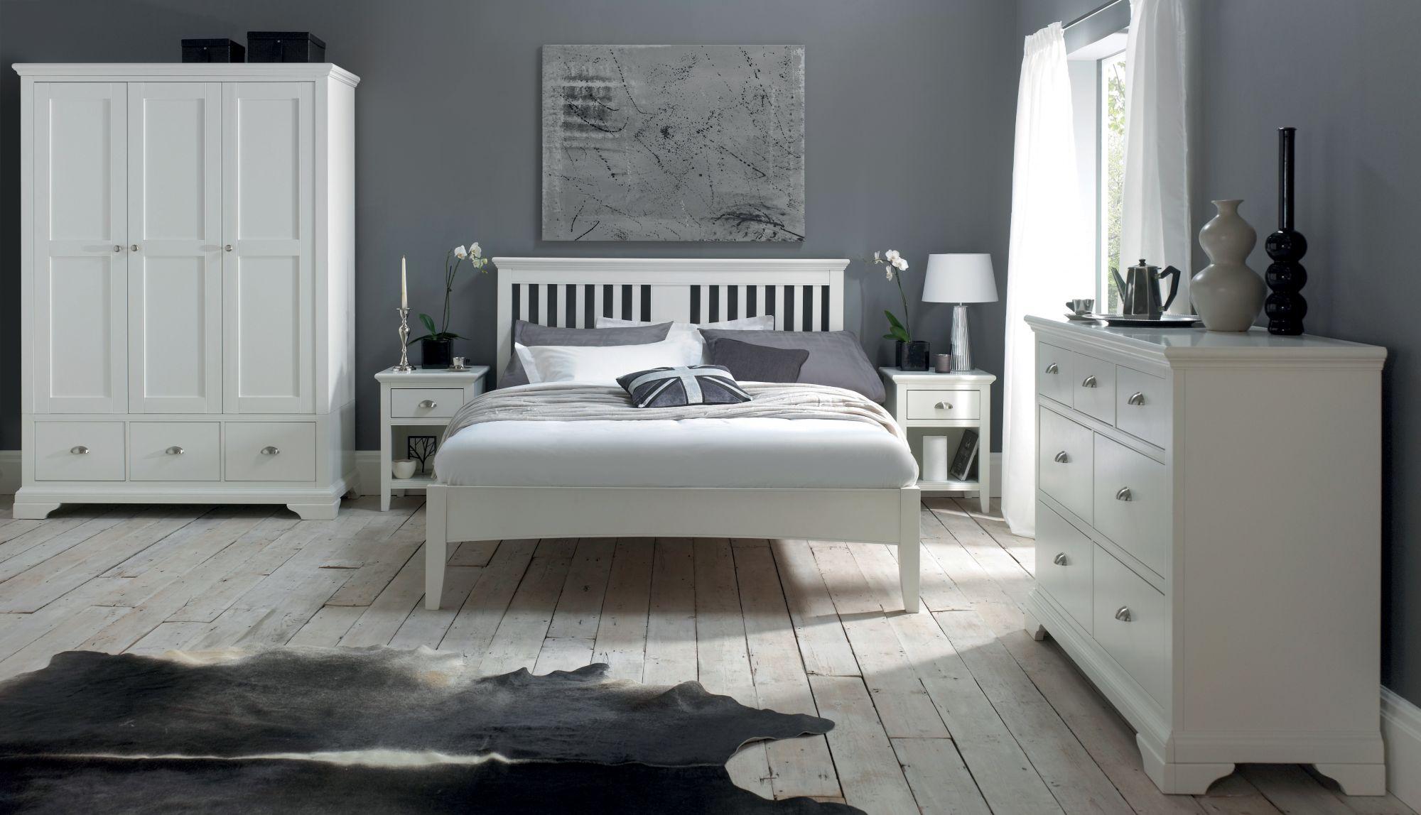KYRA WHITE BEDROOM SET