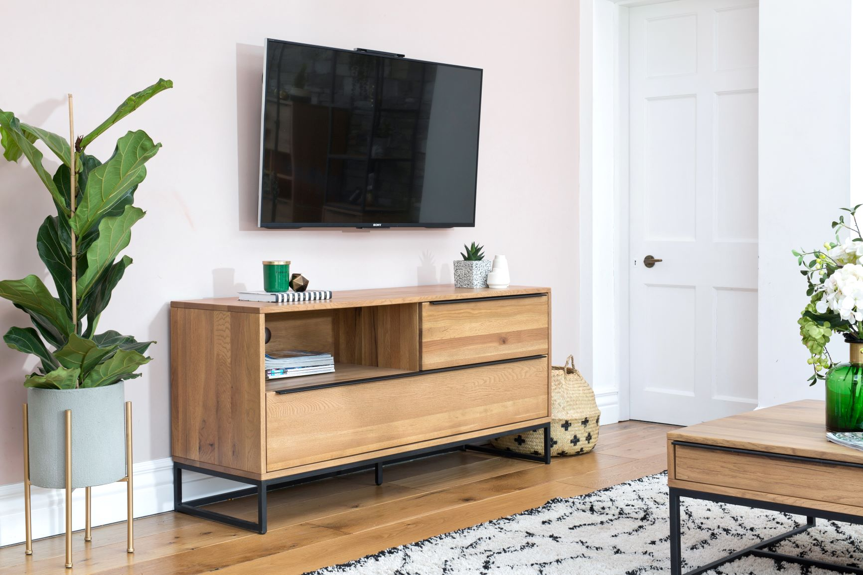 HAMBURG TV UNIT - L144cm x D45cm x H69cm