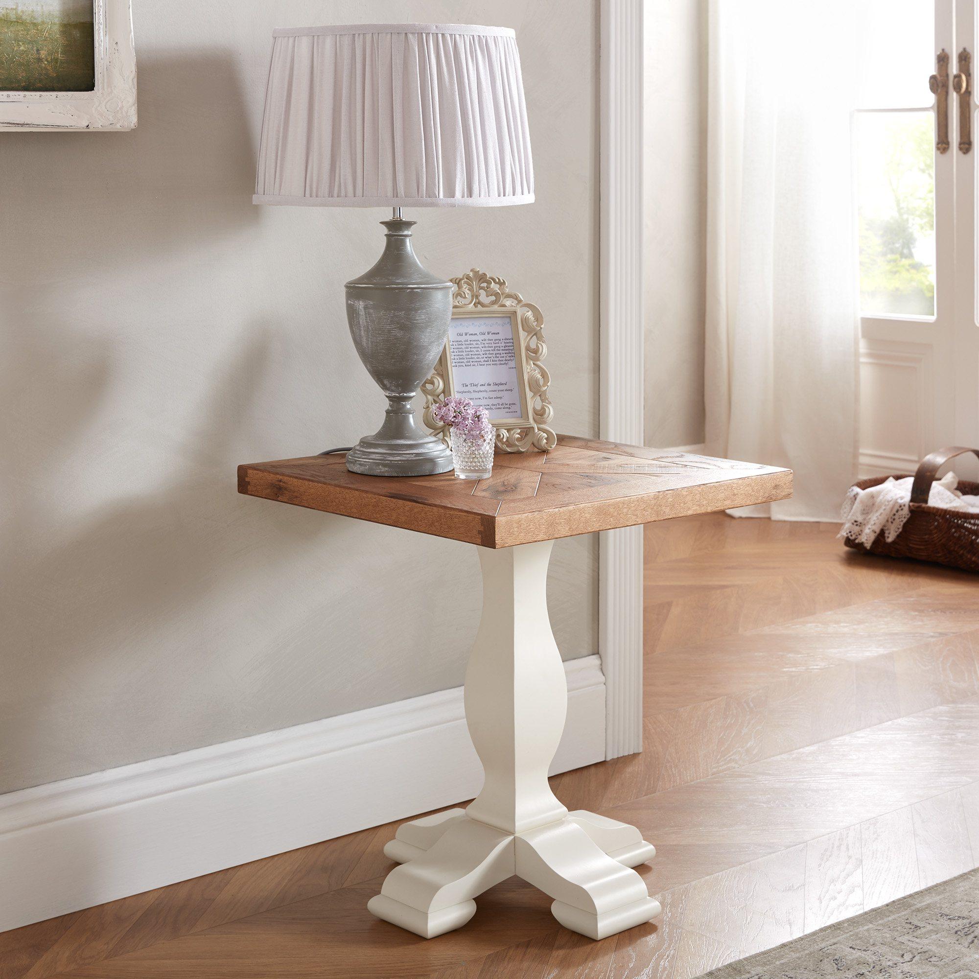 HIGHLAND LAMP TABLE - L51cm x D51cm x H56cm
