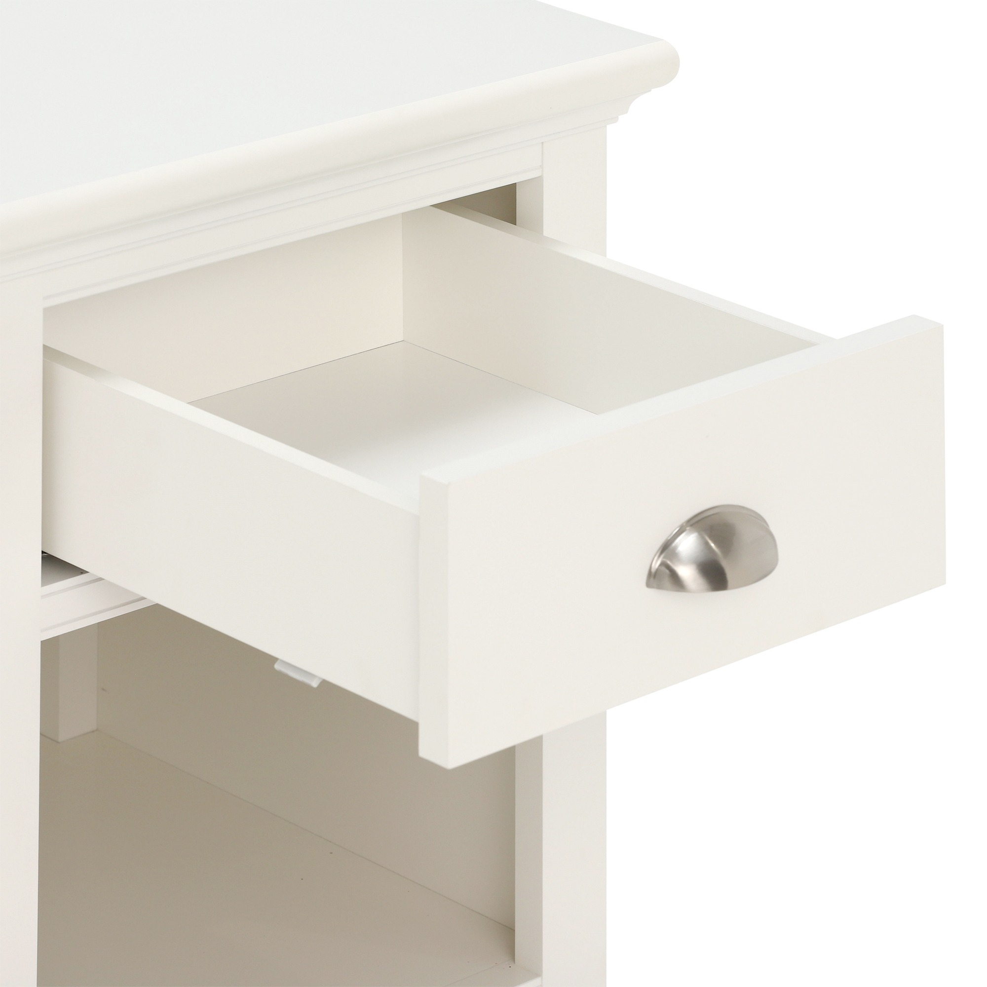 SOFT CLOSING DRAWERS DETAIL.