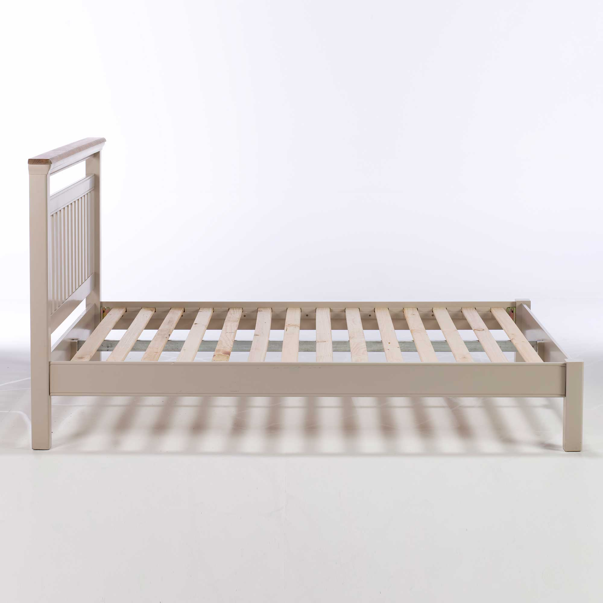 TONI BEDFRAME - SIDE DETAIL