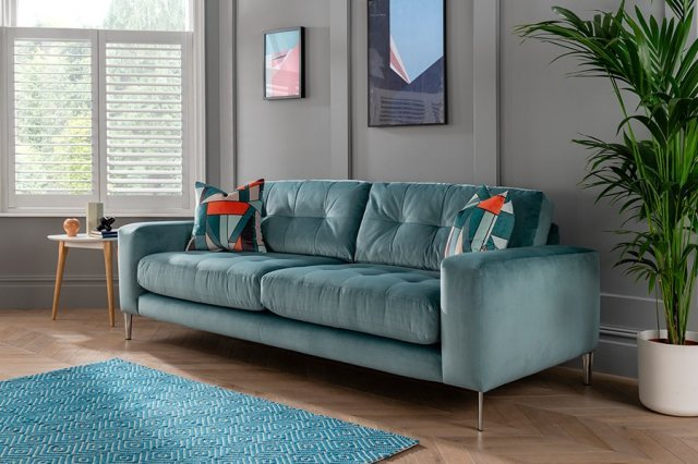 LIMA 4 SEATER - ANGLE DETAILED